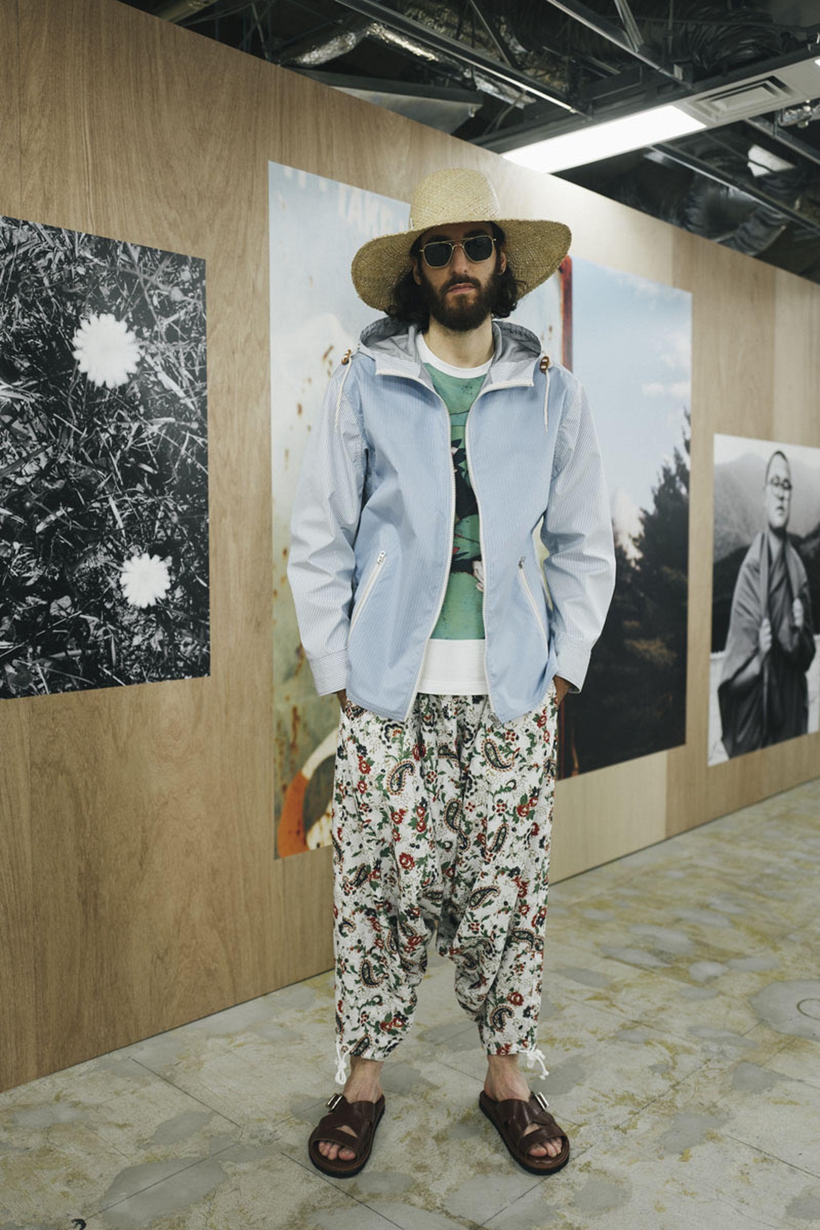 junya-watanabe-spring-summer-2022-collection-38