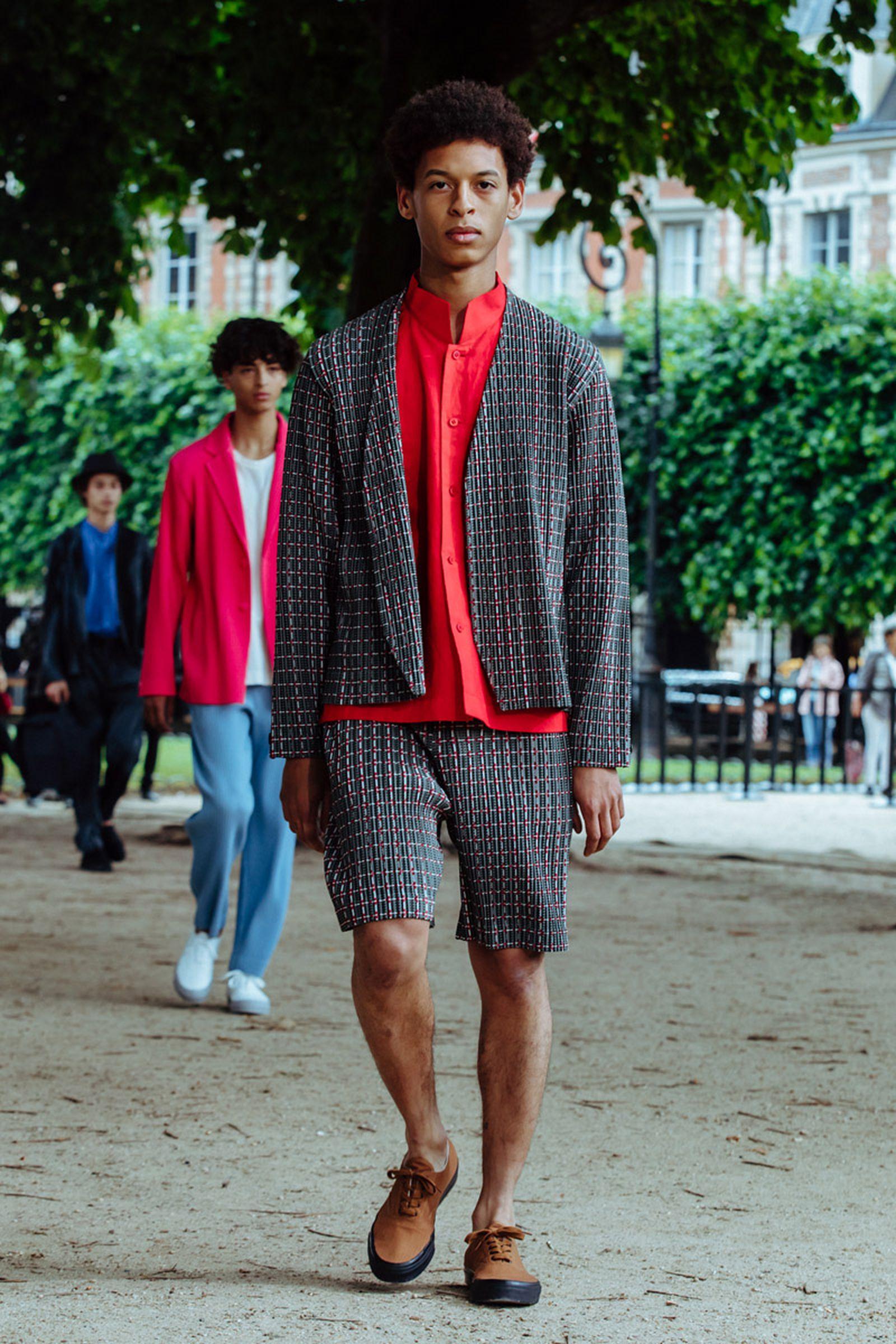 MSS20 Paris IsseyMiyake JulienTell ForWeb 02 Issey Miyake HOMME PLISSÉ paris fashion week runway