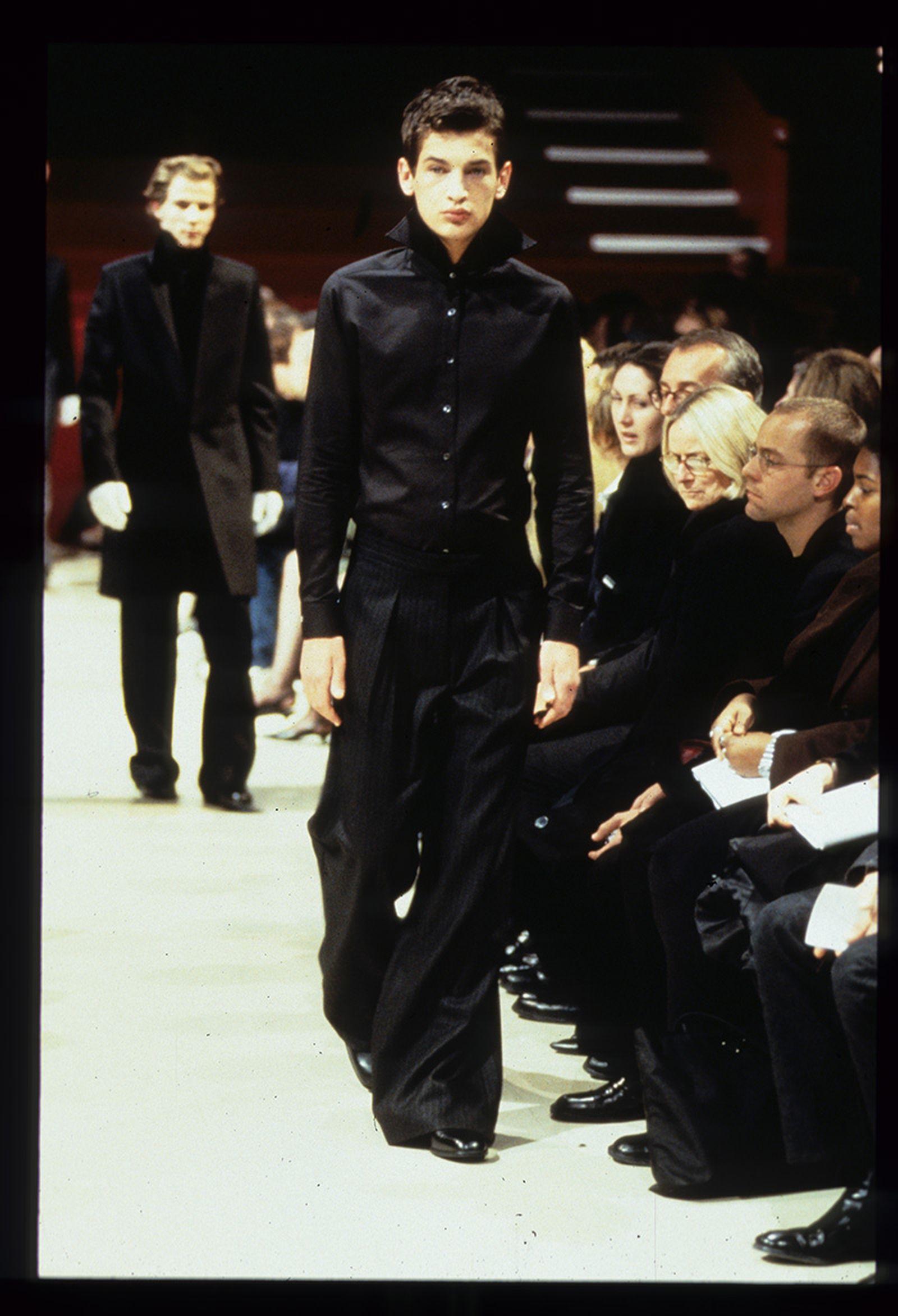 the-12-fashion-shows-that-changed-mens-fashion-raf-simons-aw98-05