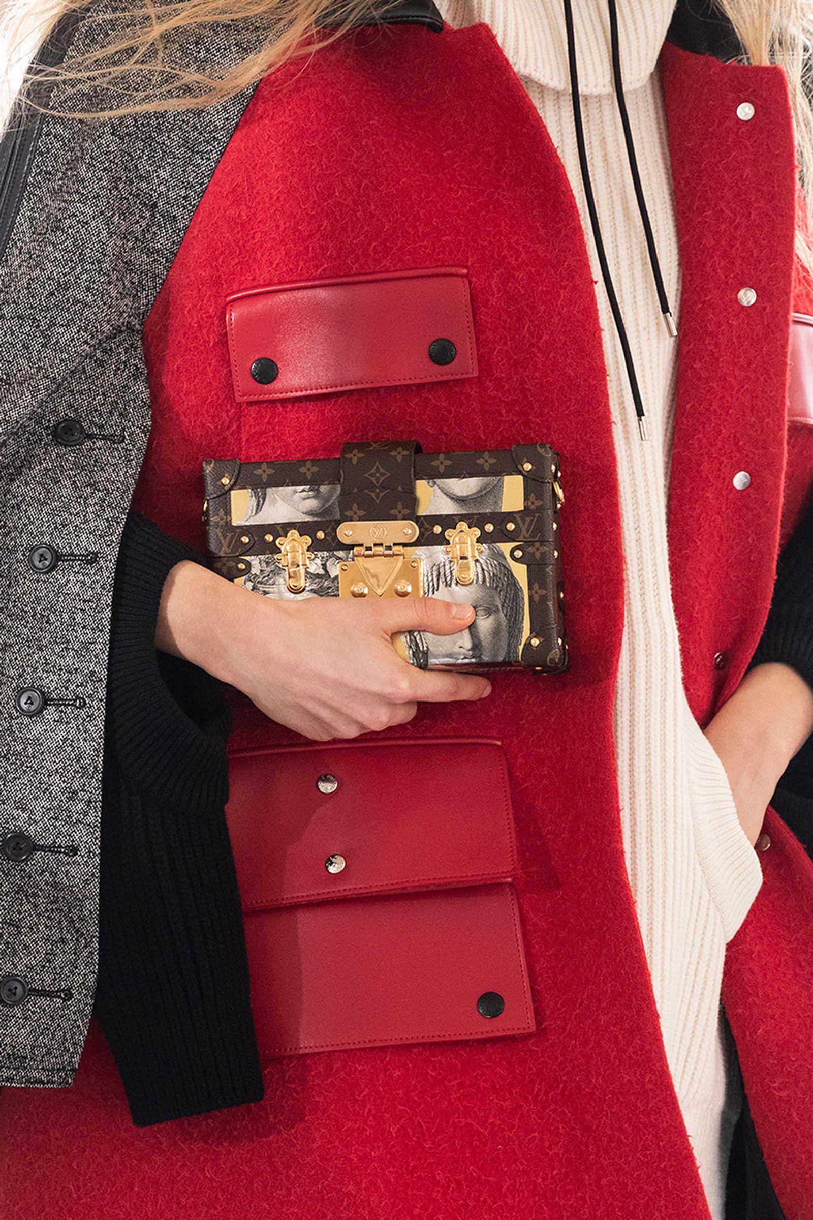 louis-vuitton-fall-winter-2021-accessories-19