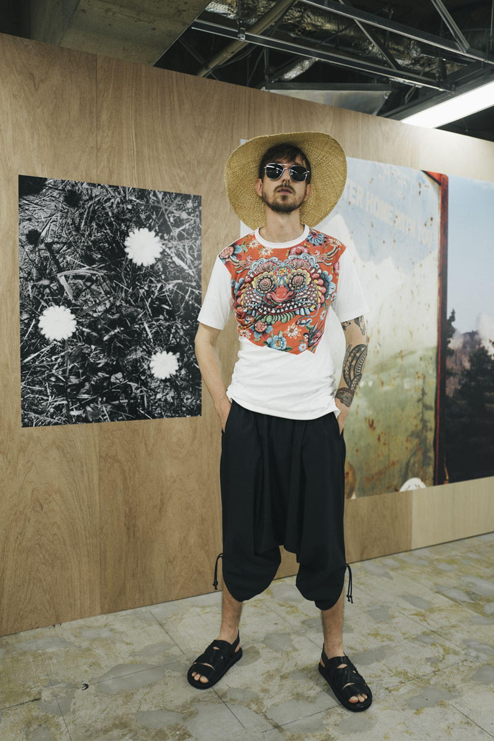 junya-watanabe-spring-summer-2022-collection-09