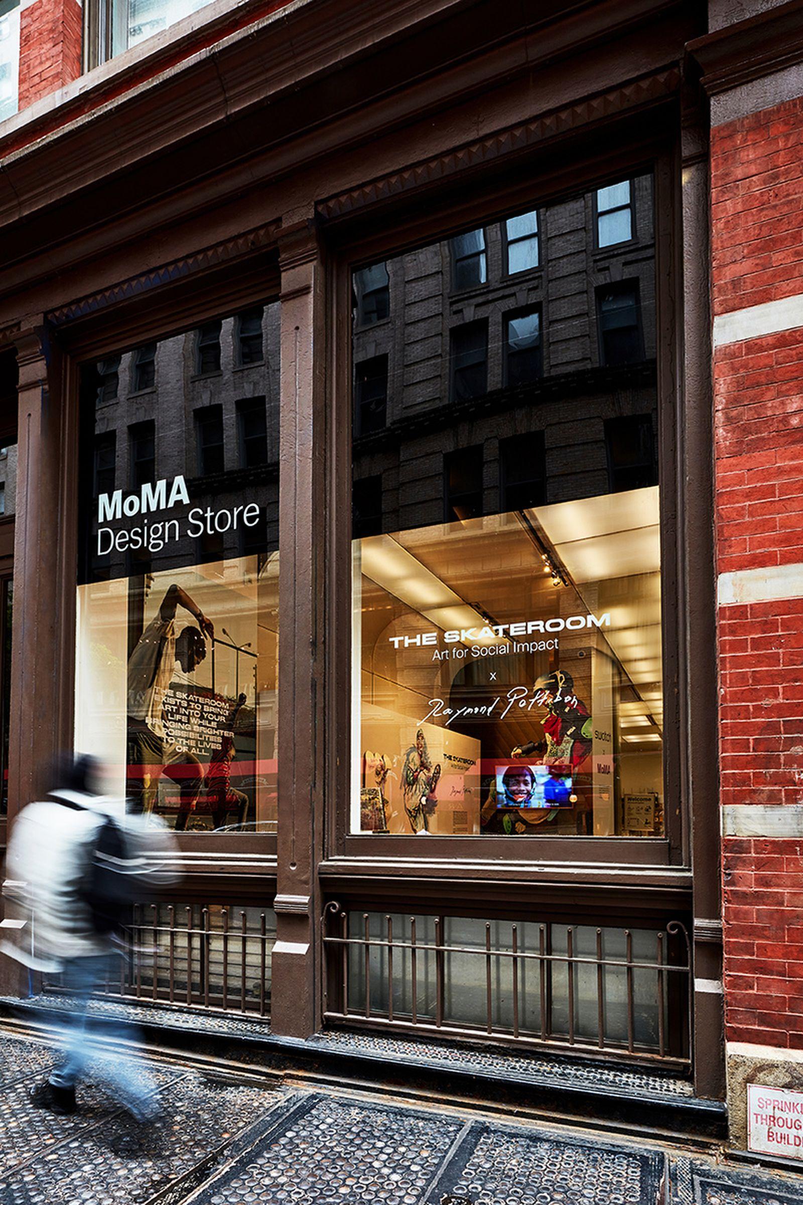 skateroom-pop-up-moma-design-store-04