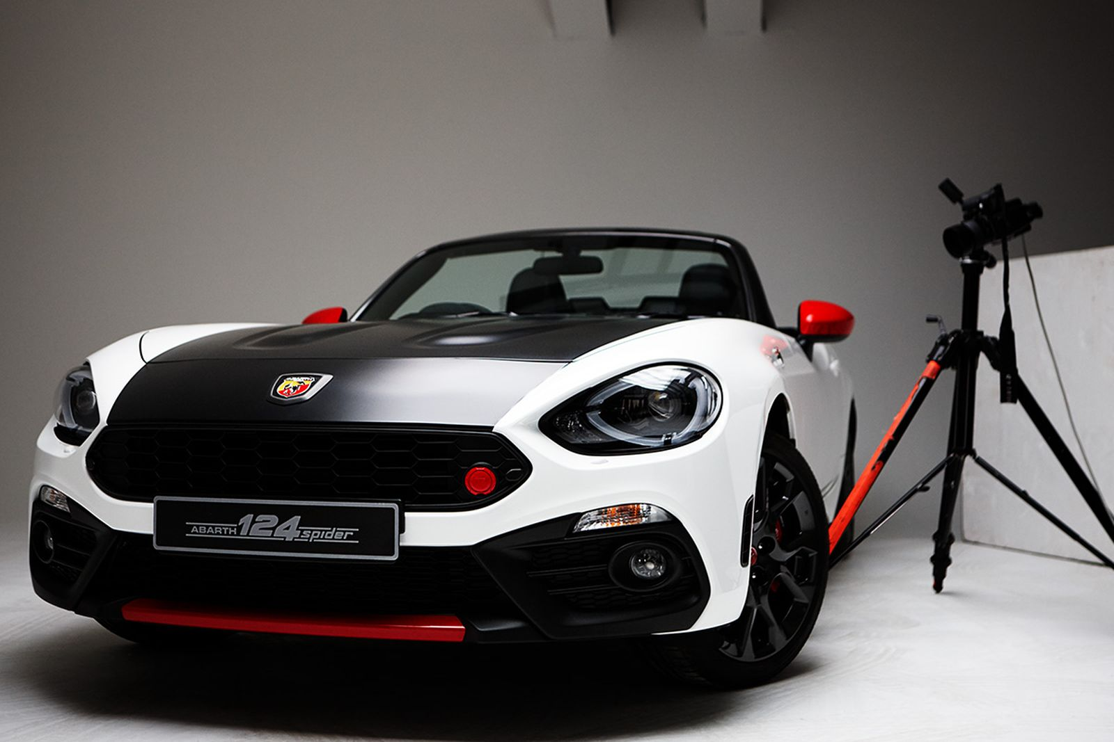 abarth-hunger-magazine-rankin-04