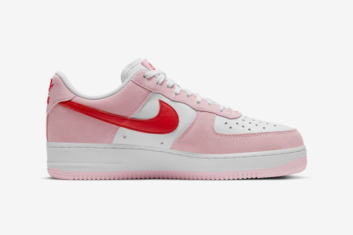 Nike Is Heating Things Up for Valentine's Day & Other Sneaker News Worth a Read 65