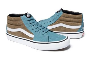 5fac3afa14758e Supreme x Vans Bring the Corduroy Heat for Spring 2018