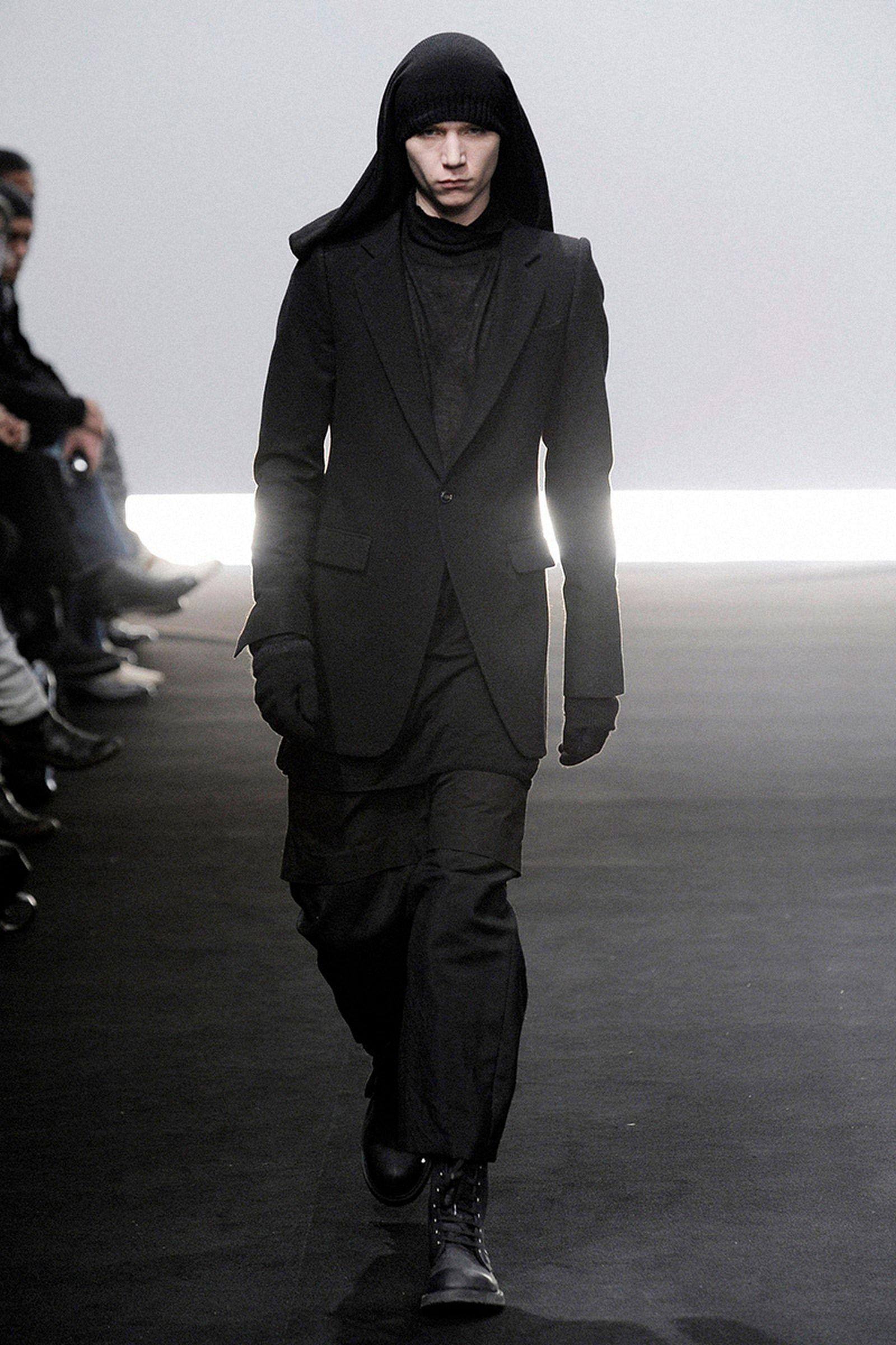 the-12-fashion-shows-that-changed-mens-fashion-rick-owens-08
