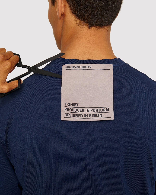 Highsnobiety Staples - T-Shirt Navy - Image 4