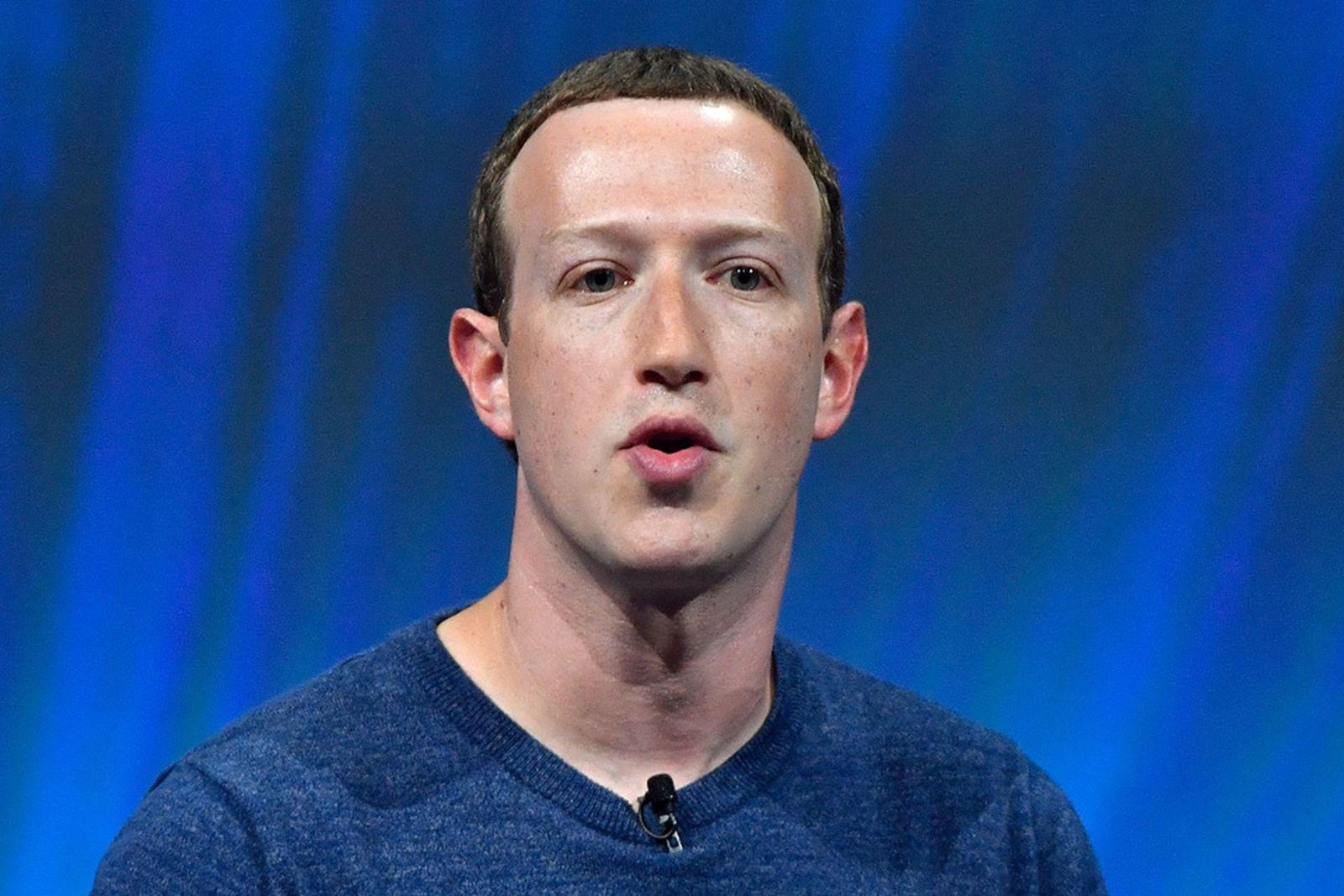 facebook apology public posts mark zuckerberg
