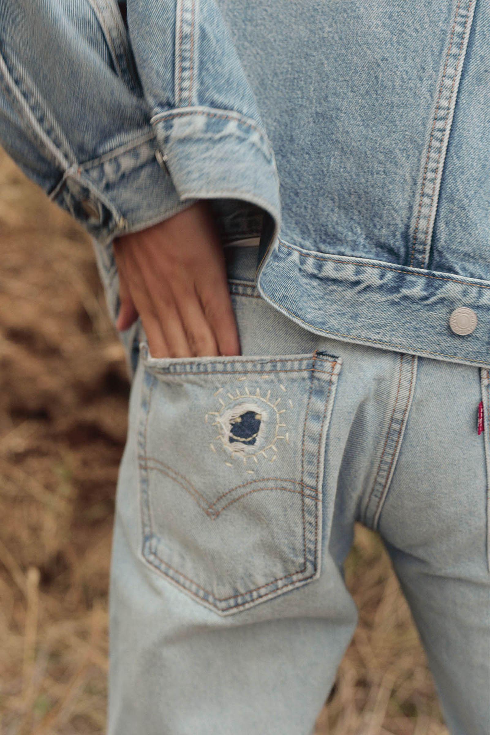 551™ Z Authentic Straight Jeans in Phantom