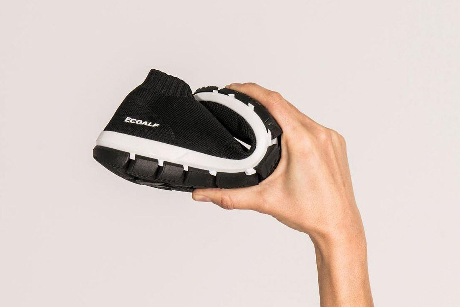 ecoalf shao sneaker made of plastic