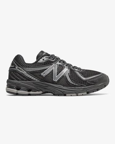 New Balance 860