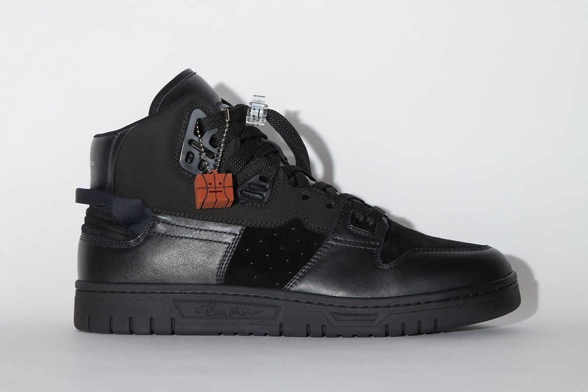 Acne Studios' AJ4-Lookalike Sneakers Are a Sure Way to Piss Off Jordan-Heads 3