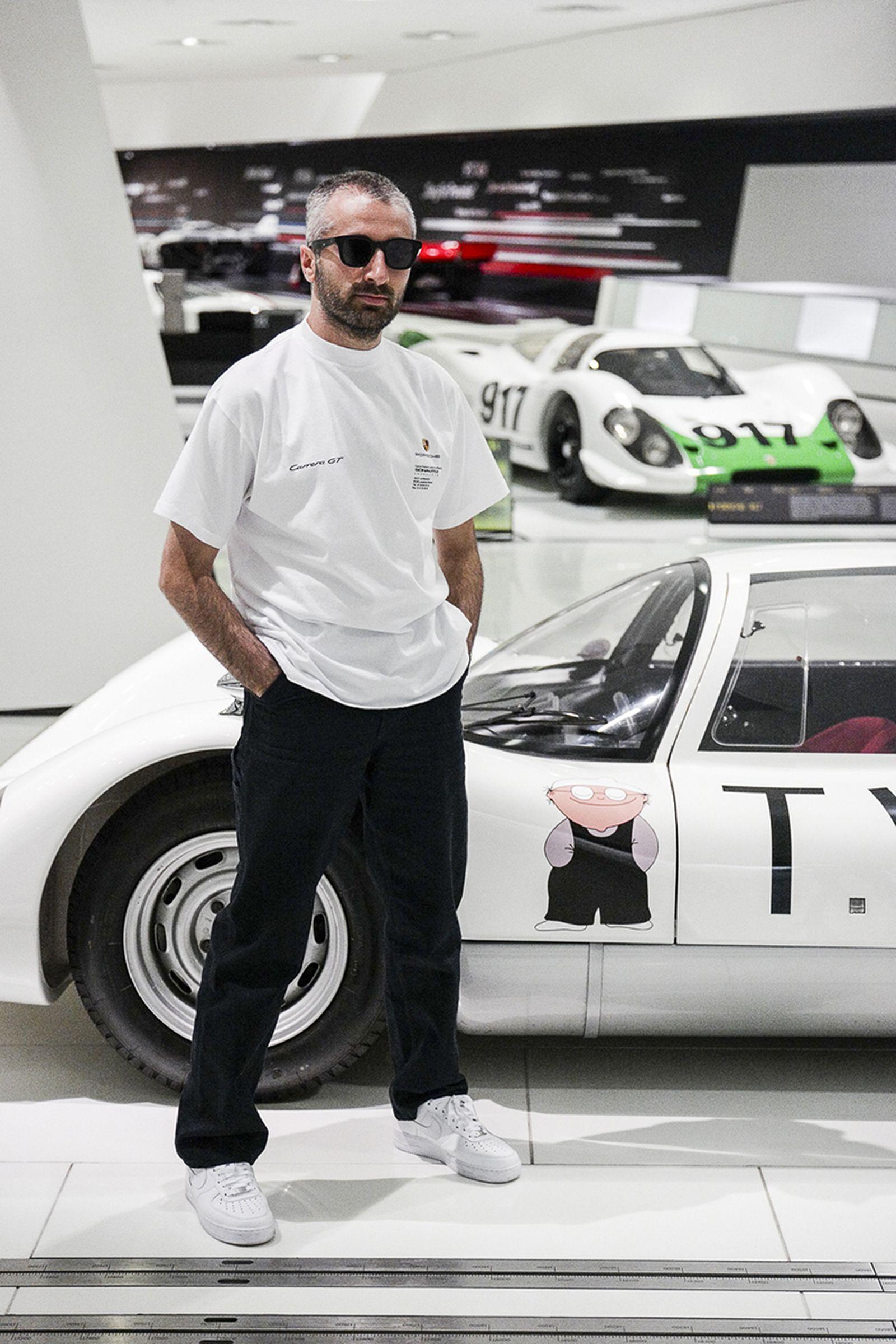 arthur kar lart de lautomobile porsche collaboration L'art de L'automobile