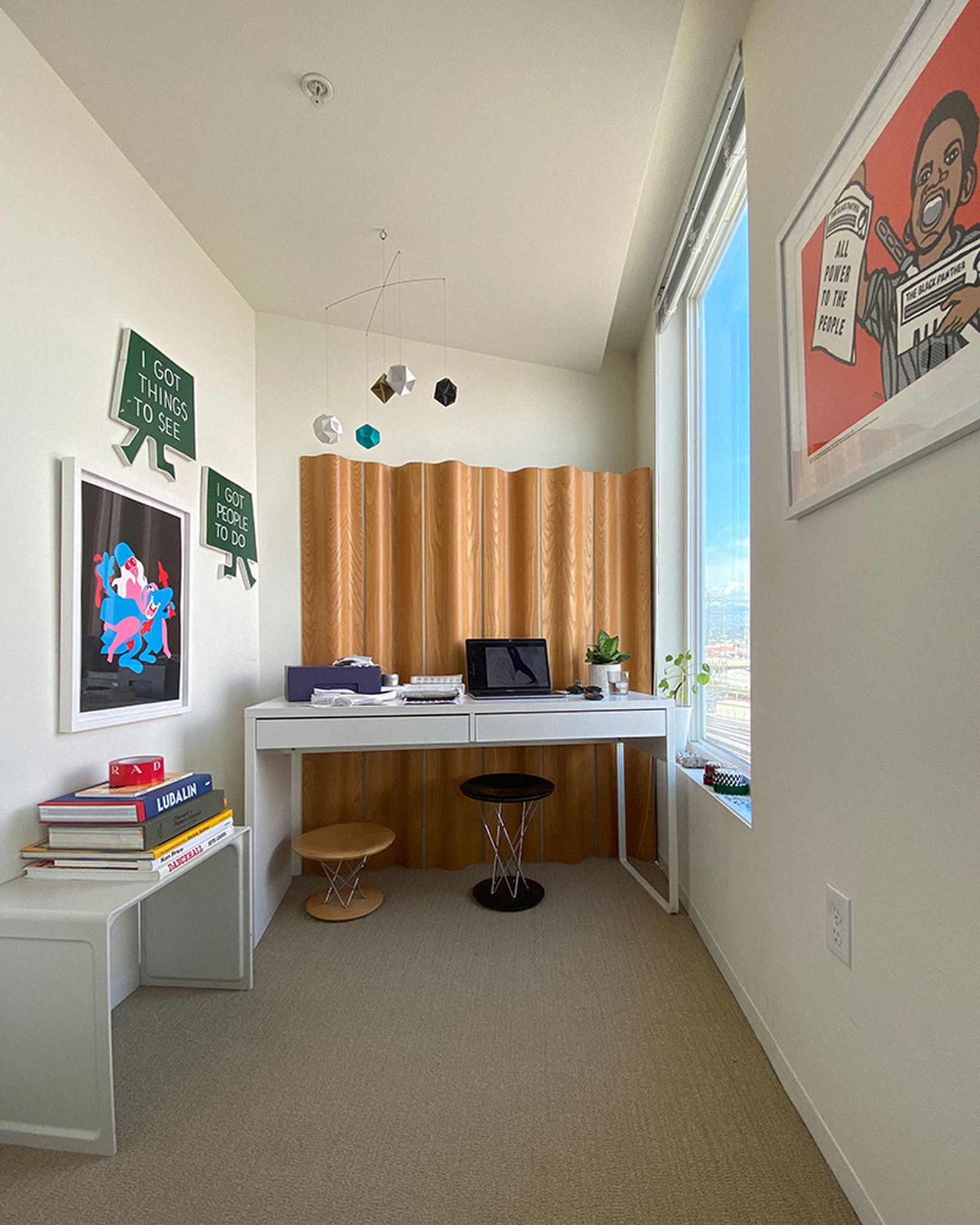 wfh-office-tour-look-inside-home-offices-omar-02