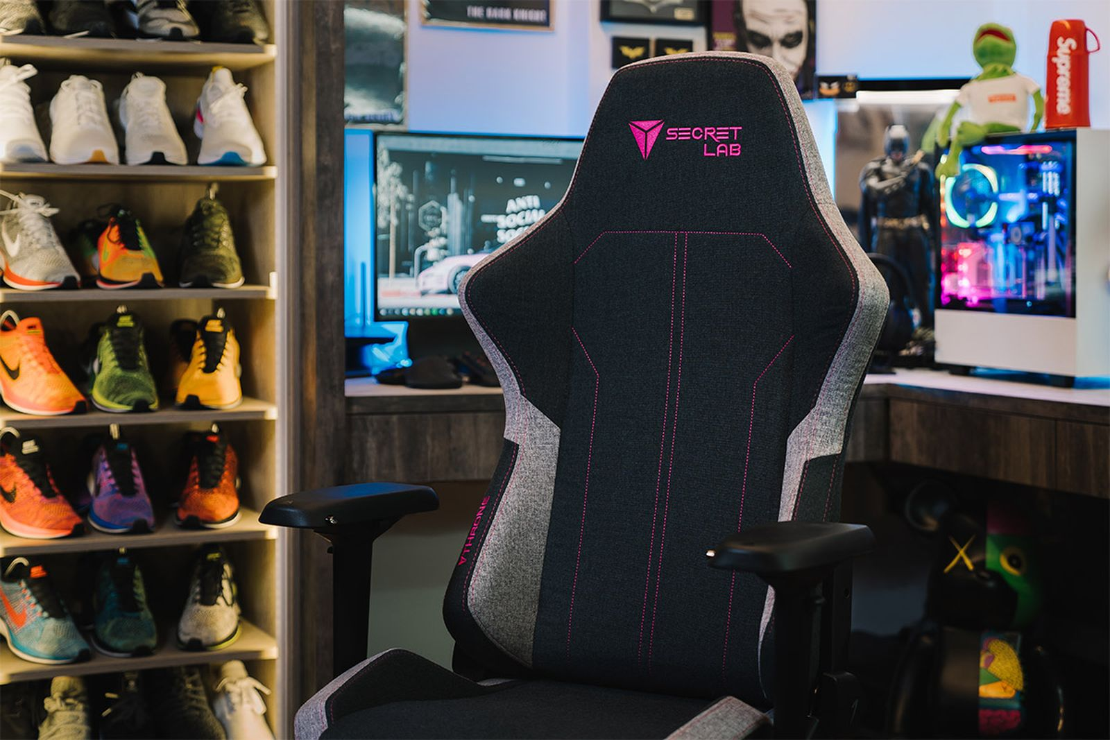 secretlab softweave chairs