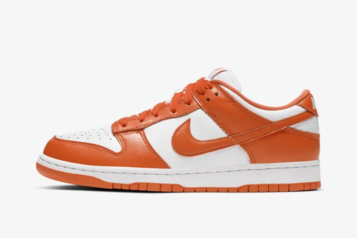 """Nike Is Officially Dropping the """"Syracuse"""" & """"Kentucky"""" Dunk Lows 1"""