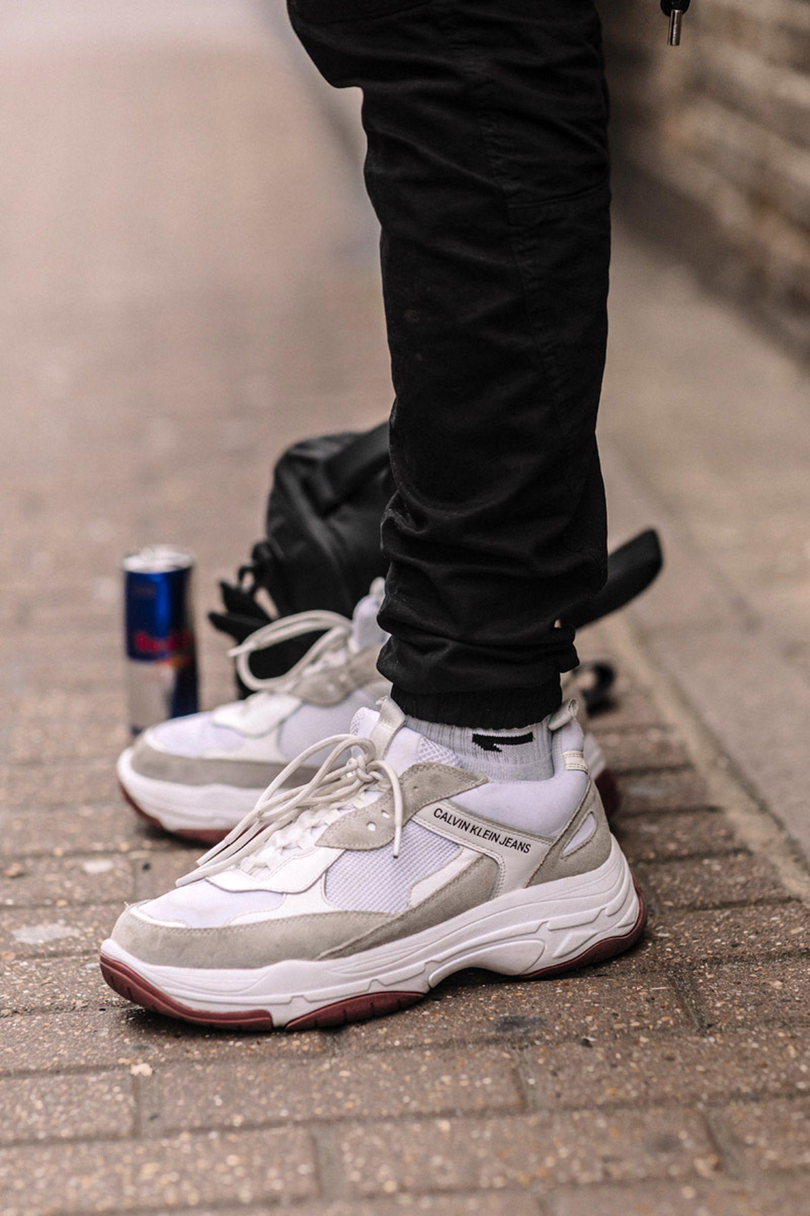 MFW19 London StreetStyle Sneakers AsiaTypek 10 lfwm