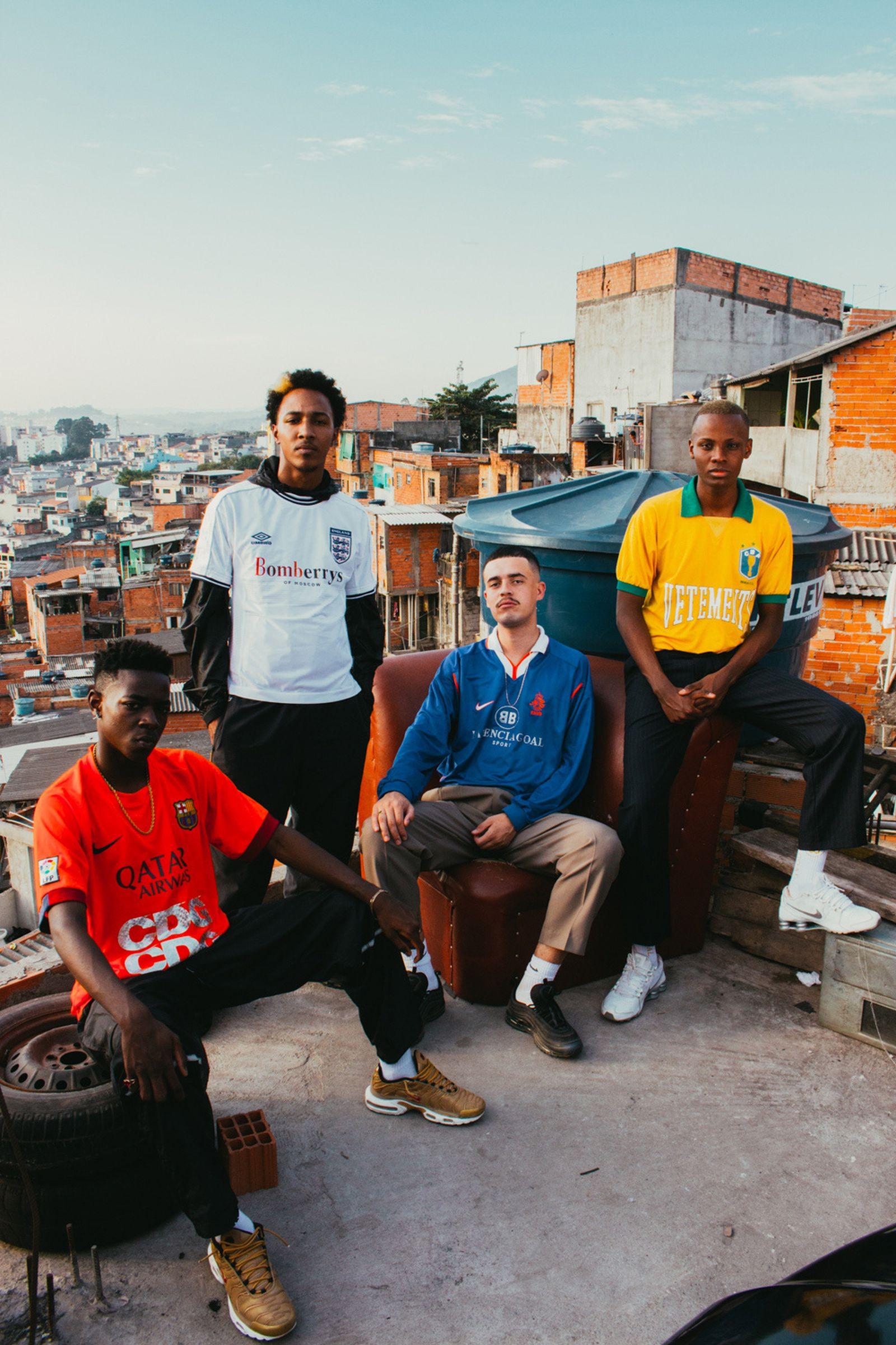 les vetements de football brazil editorial nss