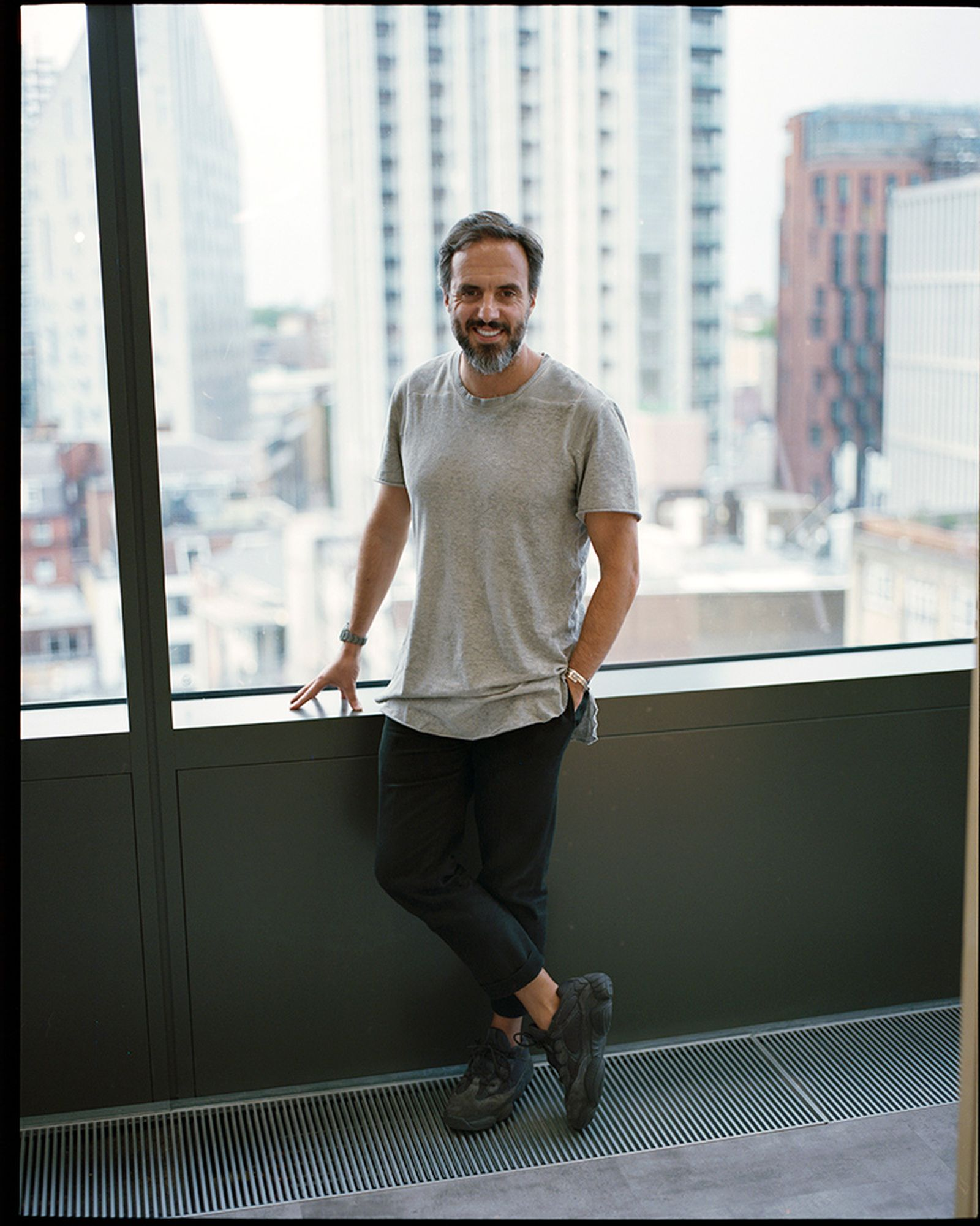 jose neves farfetch on the record podcast ecommerce resale