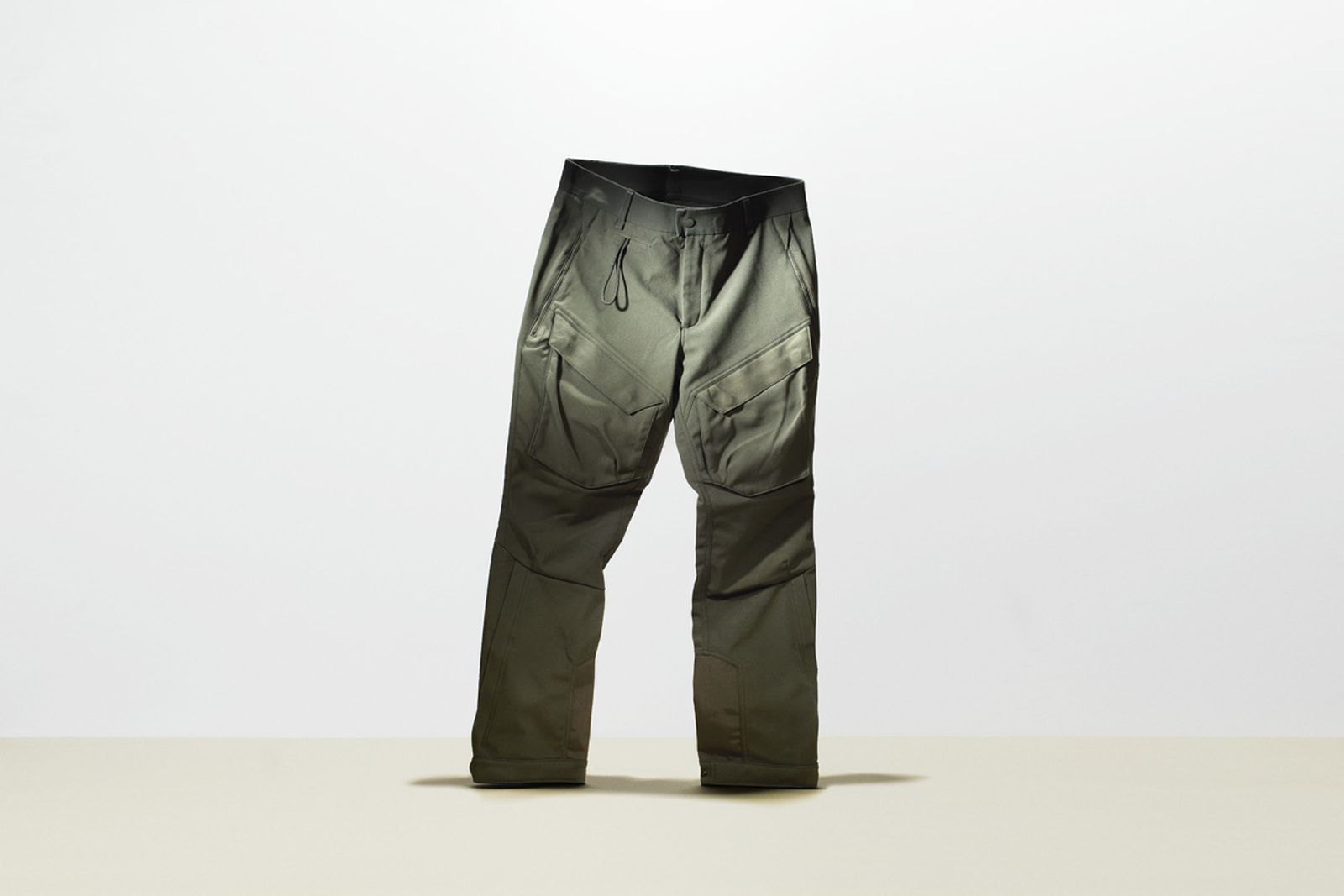 tested-5-coolest-outdoors-pants-volleback_lightin