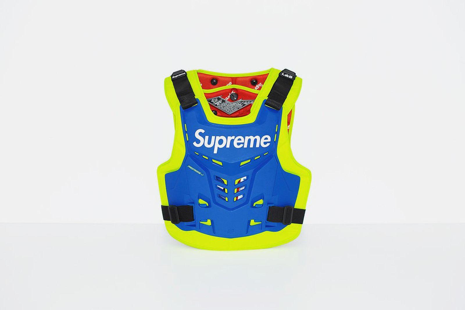 supreme-fox-00024