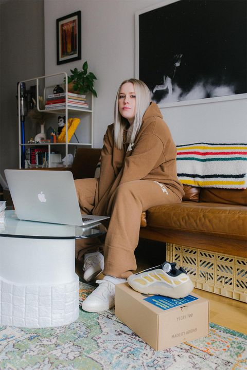 Liz Beecroft Shares Her Biggest eBay Sneaker Shopping Tips 24