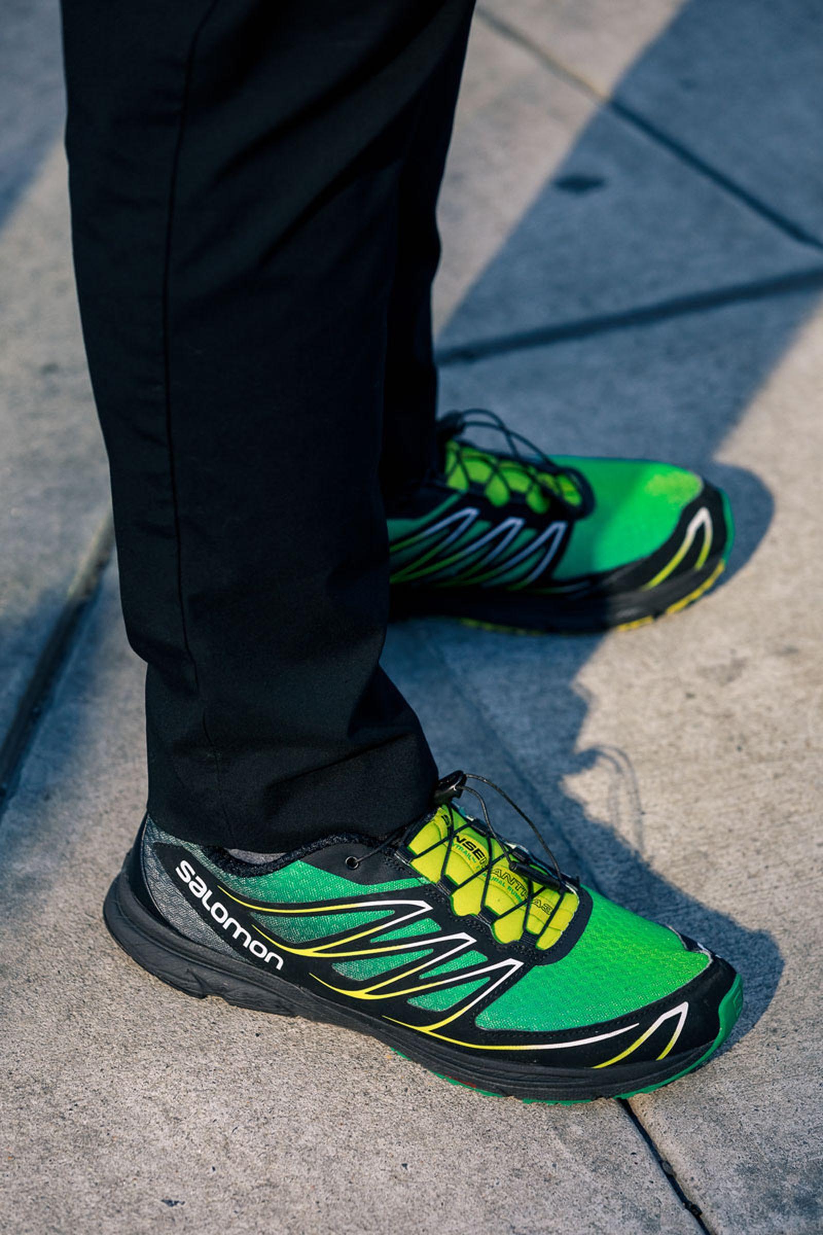 new-york-fashion-week-mens-fw20-sneaker-street-style-08
