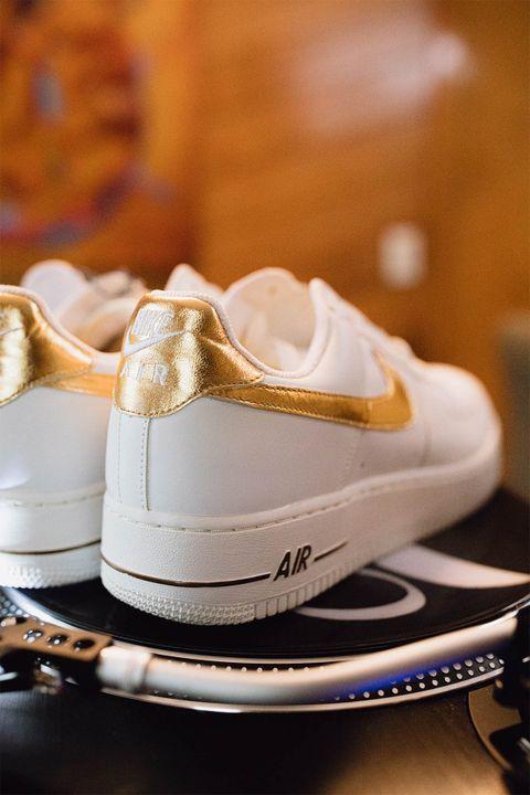 DJ Clark Kent Shares His Biggest eBay Sneaker Shopping Tips 20