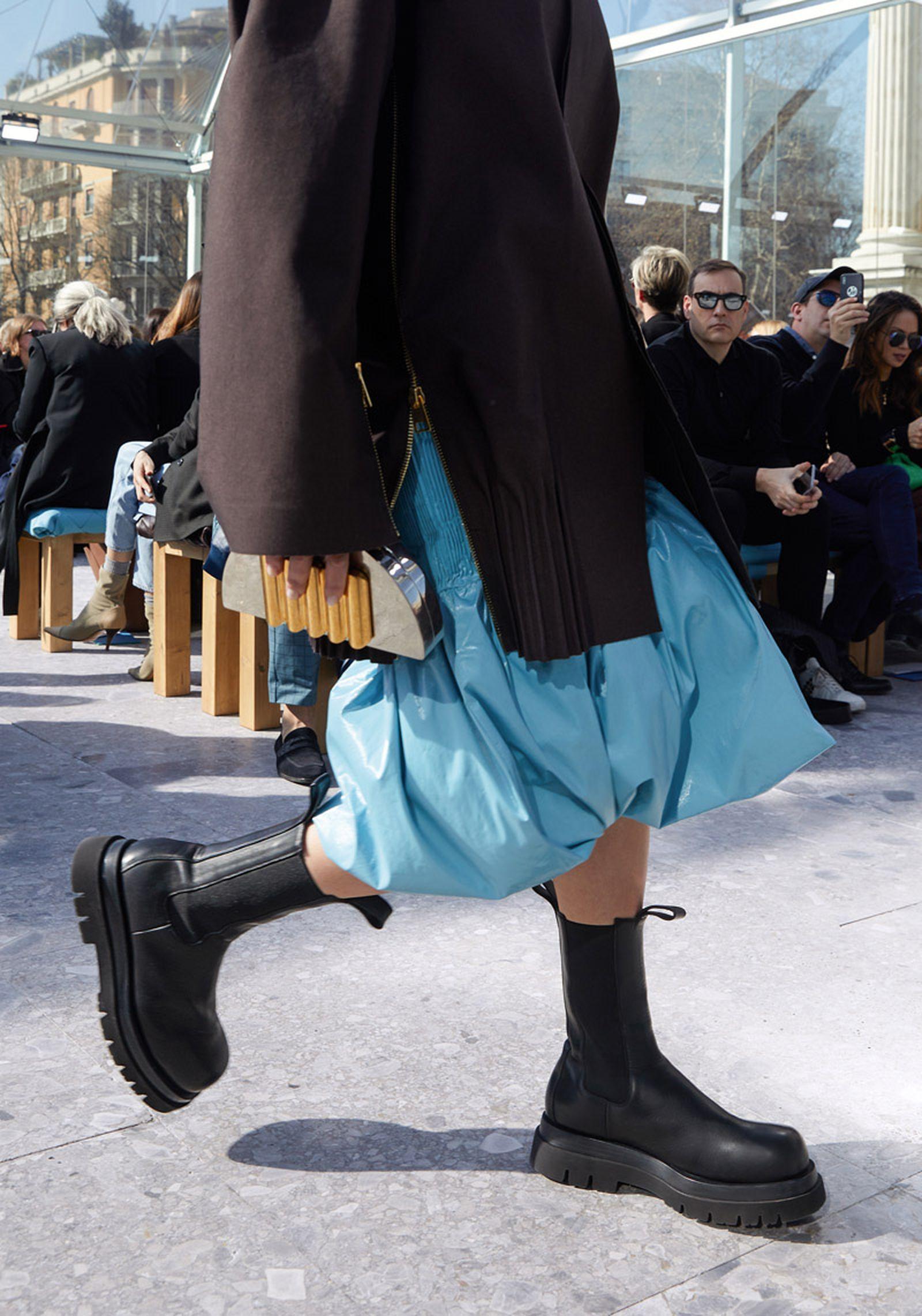 bottega-veneta-is-bringing-timeless-luxury-back-to-fashion-26