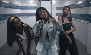 """Tkay Maidza Is Straight """"Flexin'"""" With an All-Women's Rugby Team & Duckwrth"""