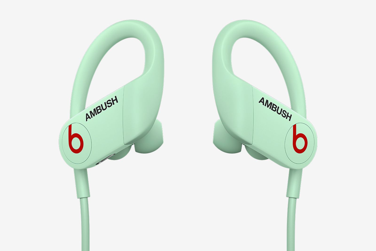 beats-ambush-glow-in-the-dark-powerbeats-07
