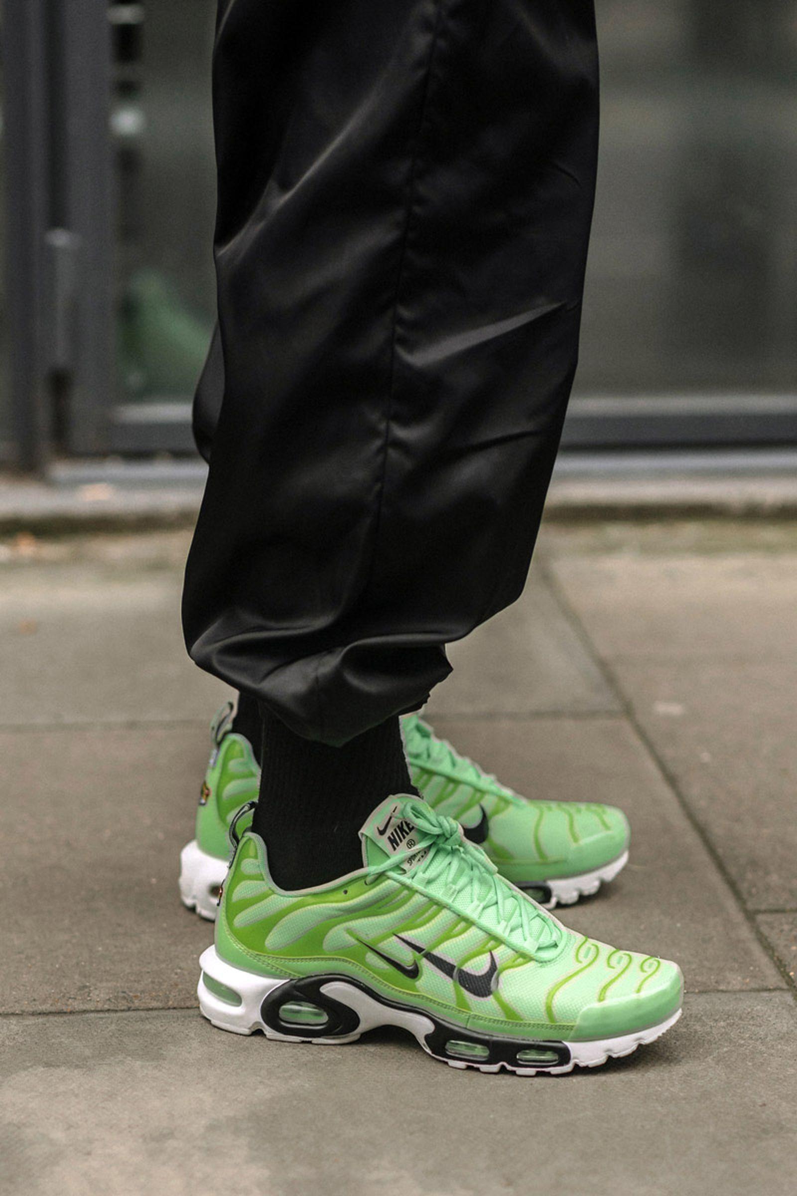 MFW19 London StreetStyle Sneakers AsiaTypek 13 lfwm