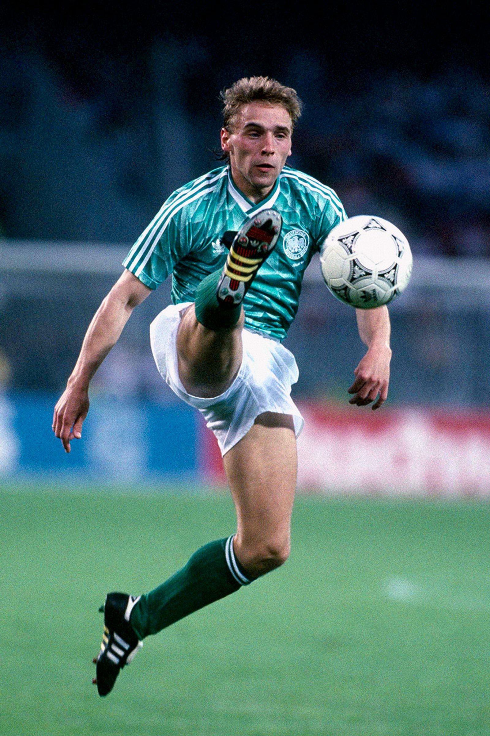 best-jerseys-1990-fifa-world-cup-05