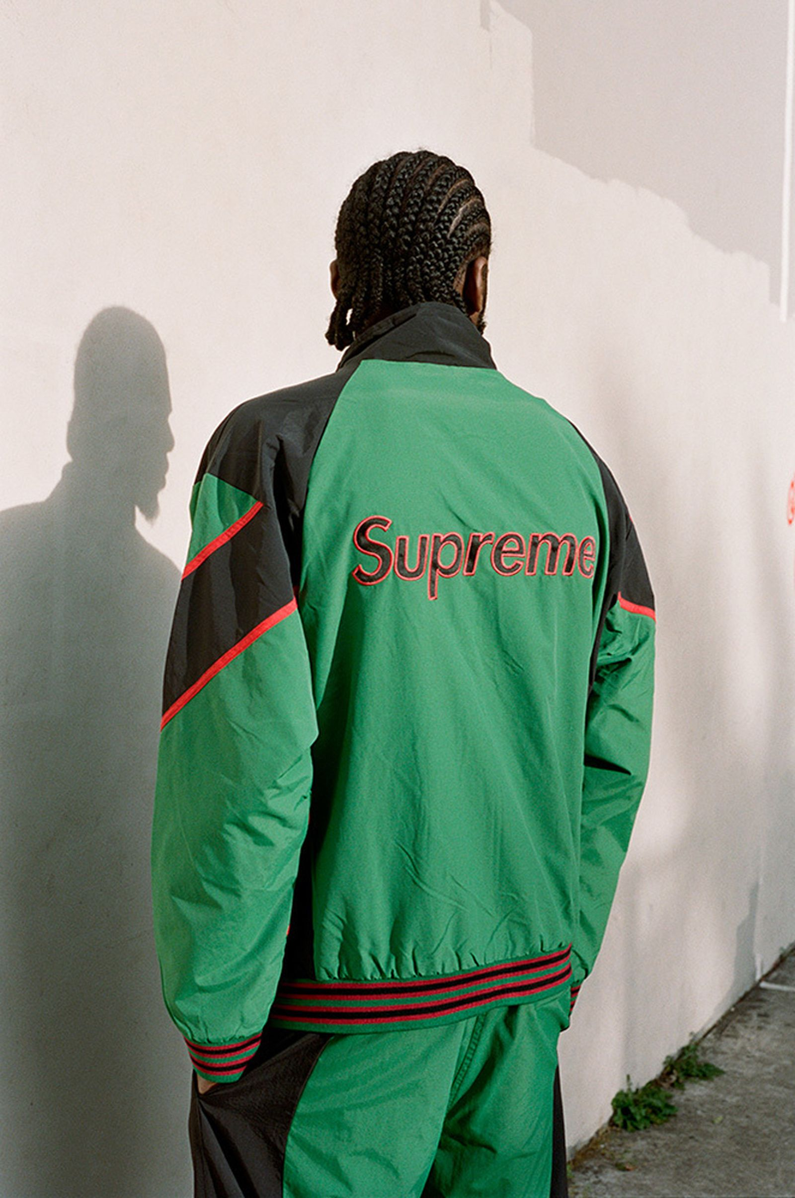 supreme-new-york-yankees-fw21-collection-lb-2