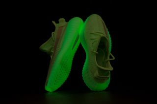 "a6a3901ee adidas Originals YEEZY Boost 350 V2 ""Glow in the Dark""  Pics Leak"