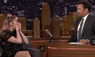 Maisie Williams Trolls Fans With Fatal 'Game of Thrones' Spoiler