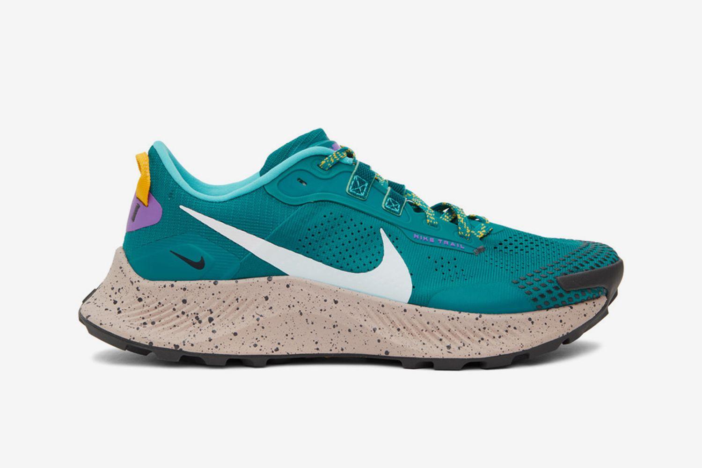 Pegasus Trail 3 Sneakers