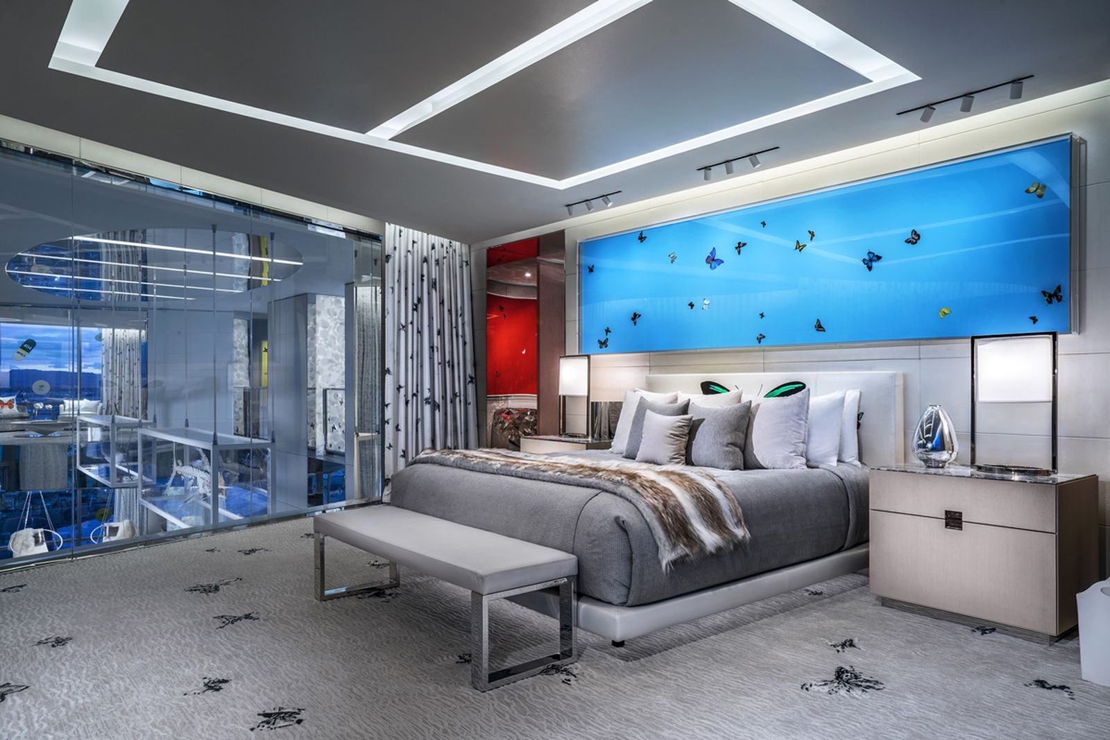 damien hirst suite hotels plaza hotel the palms