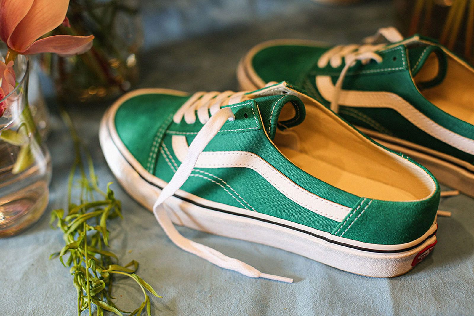 Green Vans Mule Old Skool with white side stripe