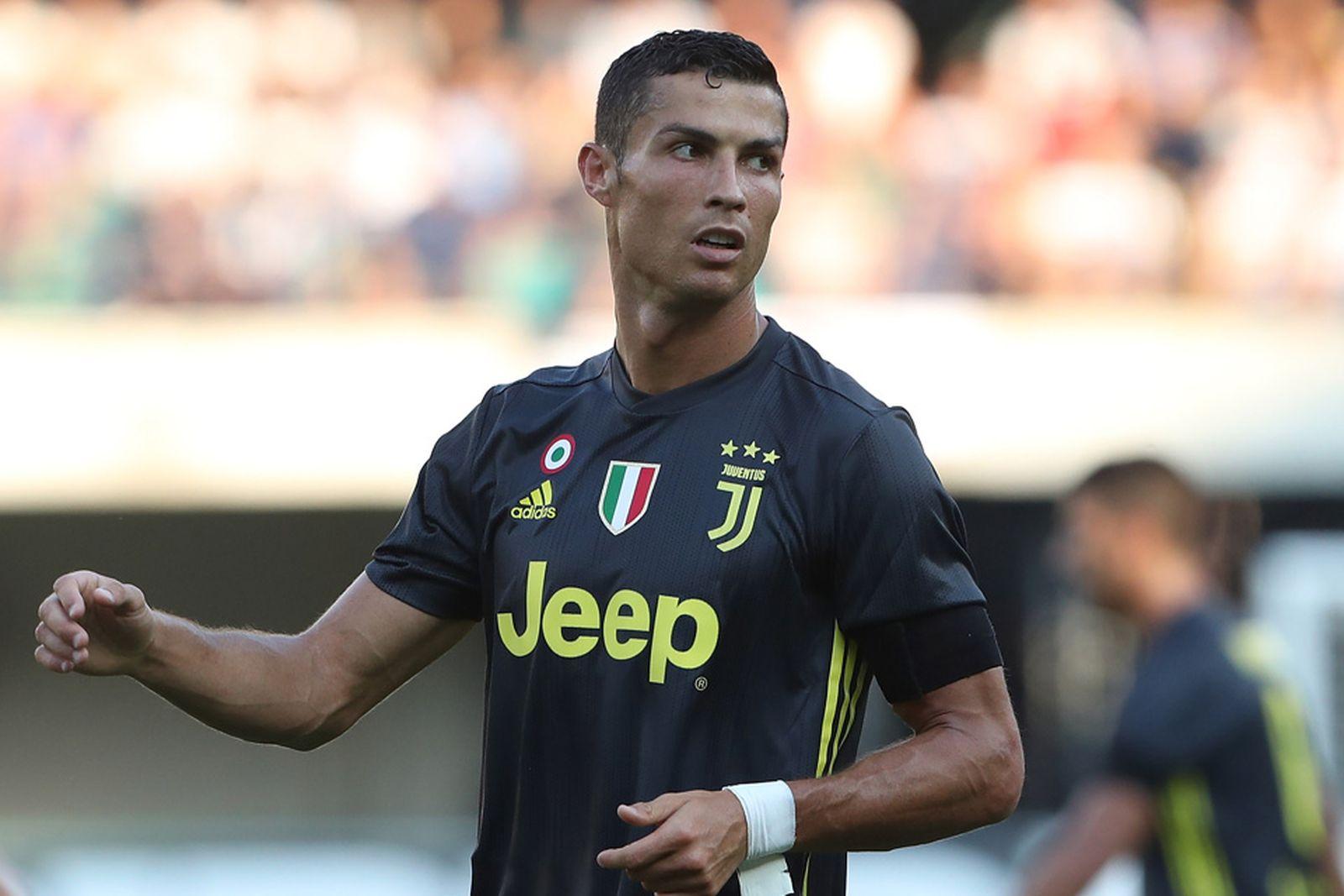 Destello Mirar atrás exposición  Nike Unveils Cristiano Ronaldo Ad Ahead of Juventus Game