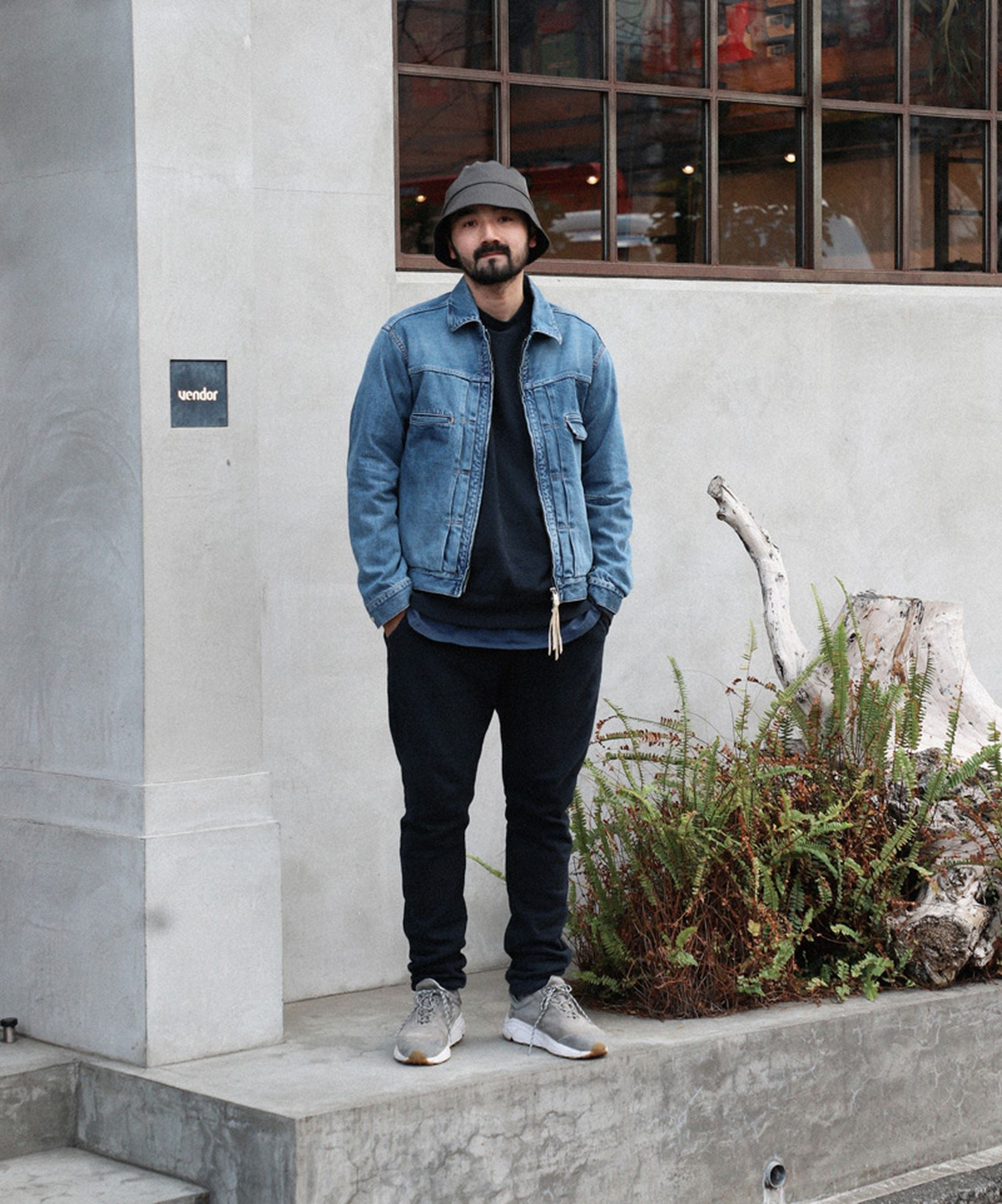 18tokyo street style march 2019 Nicolas Chalmeau