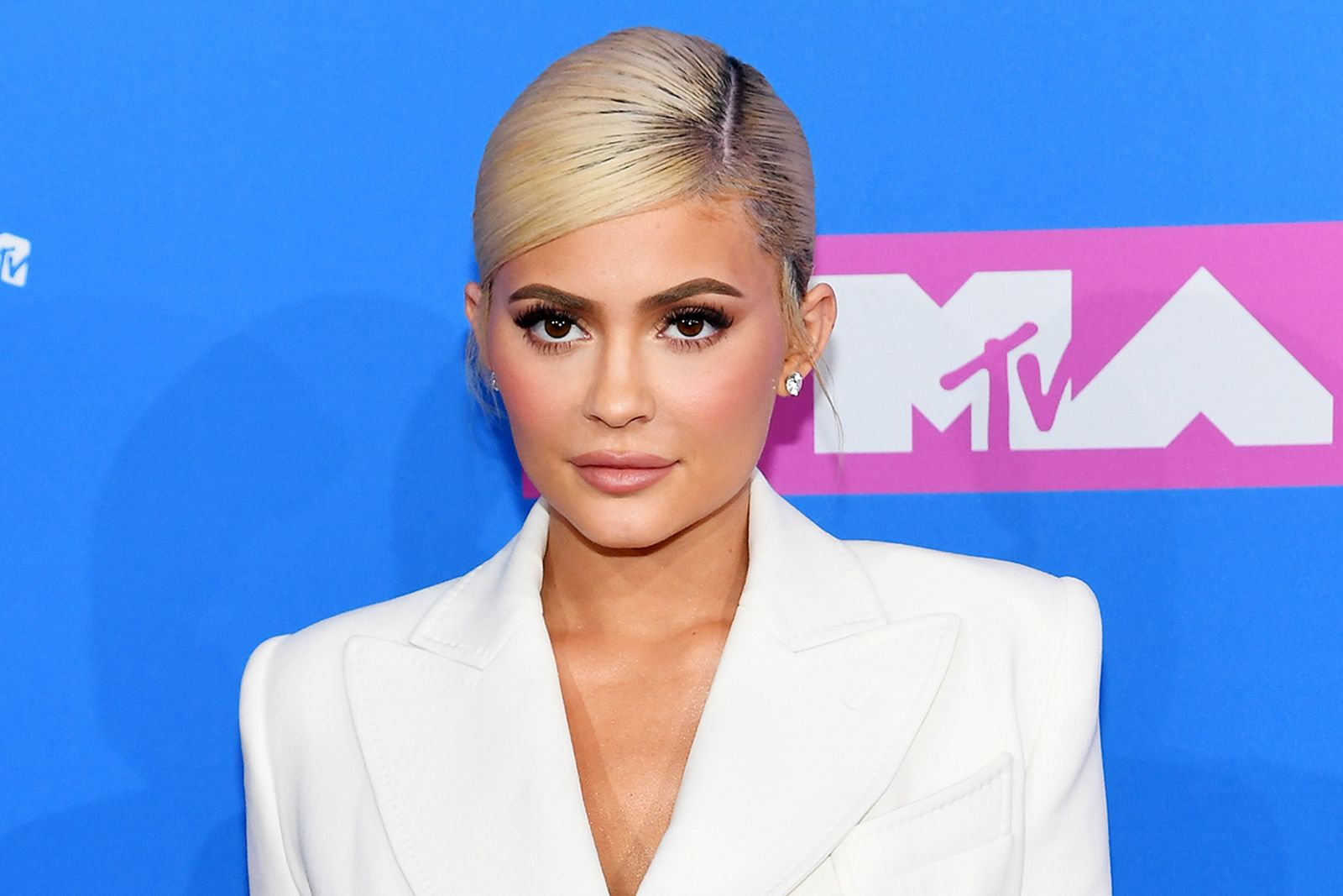 kylie jenner forbes youngest billionaire