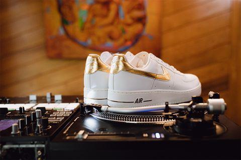 DJ Clark Kent Shares His Biggest eBay Sneaker Shopping Tips 24