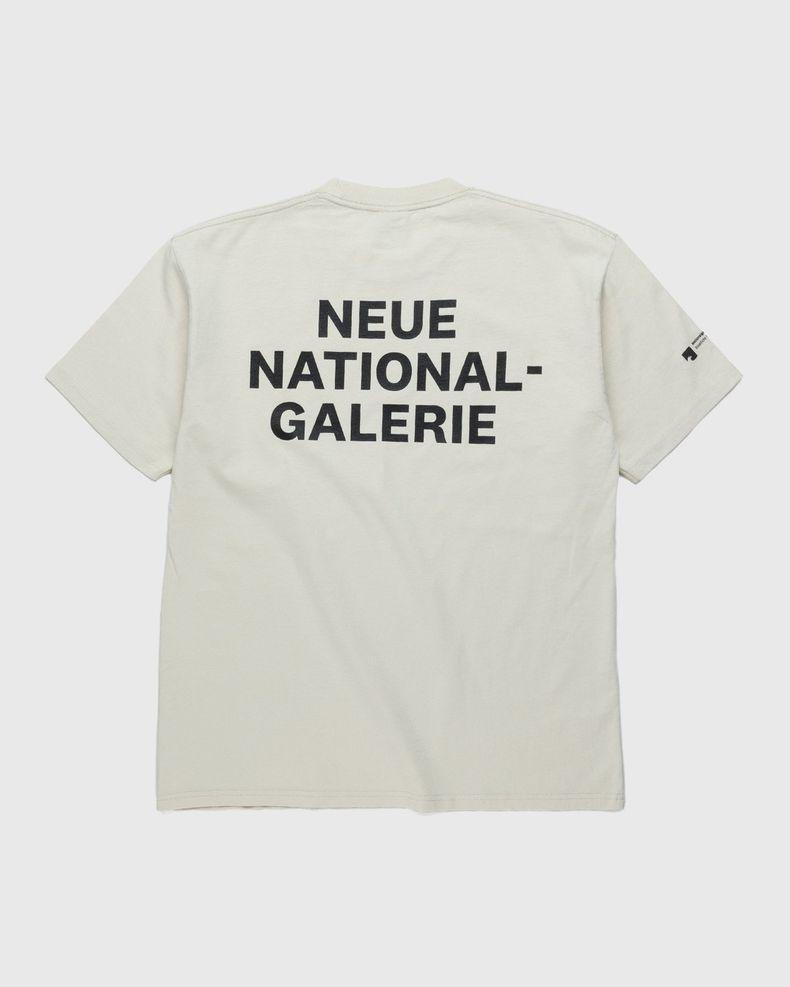 Highsnobiety x Neue National Galerie – T-Shirt Eggshell