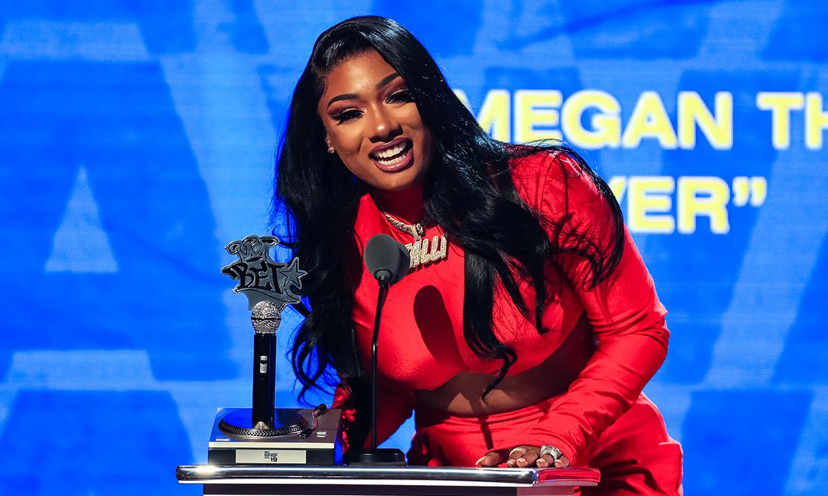 Cassie performance on bet horrible sports betting strategies review sites
