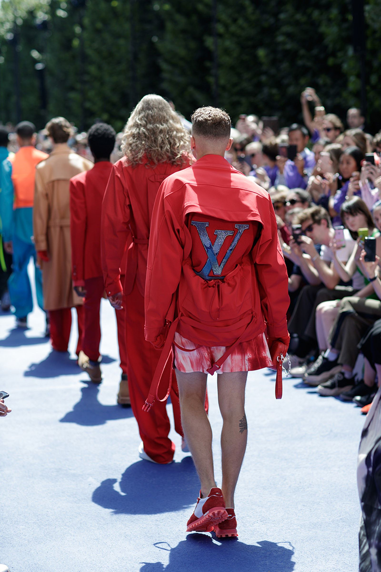 the-12-fashion-shows-that-changed-mens-fashion-louis-vuitton-ss19-08