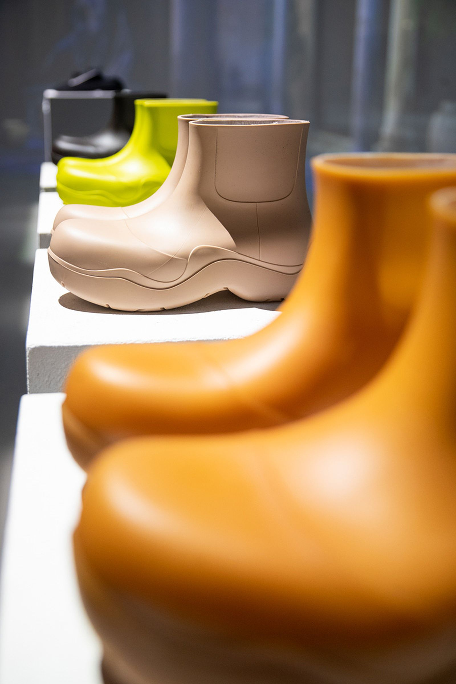 bottega-veneta-biodegradable-boot-mfw-03