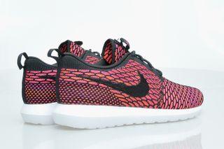4e96b4a94b59 Nike Roshe Run NM Flyknit