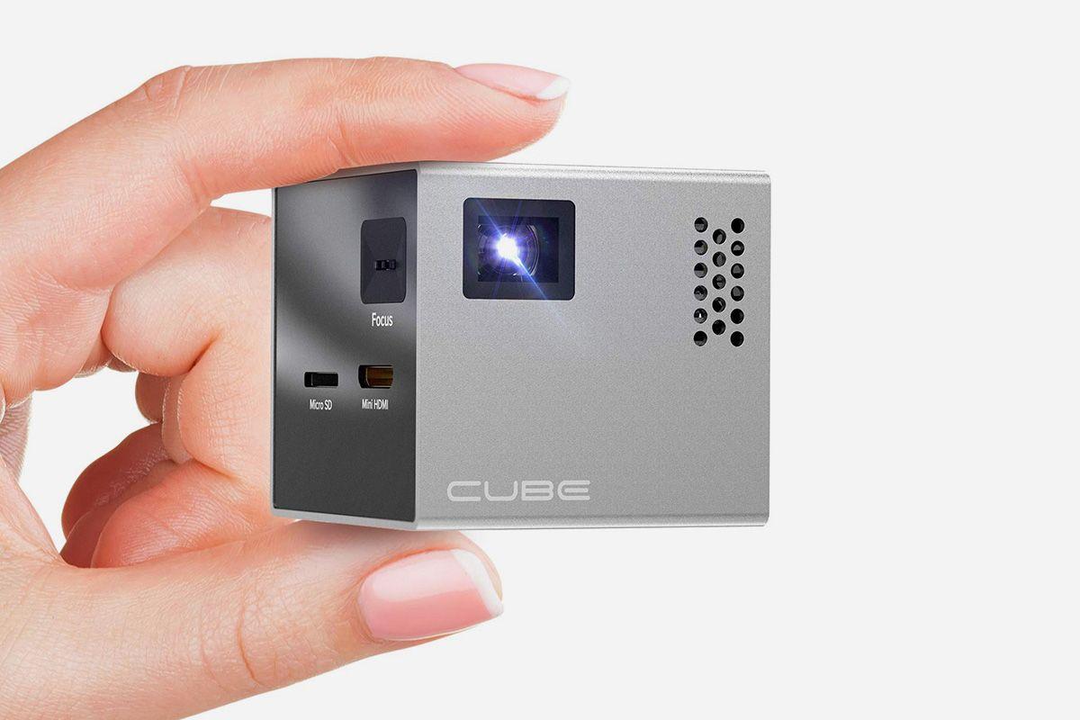 Cube Full LED Mini Projector
