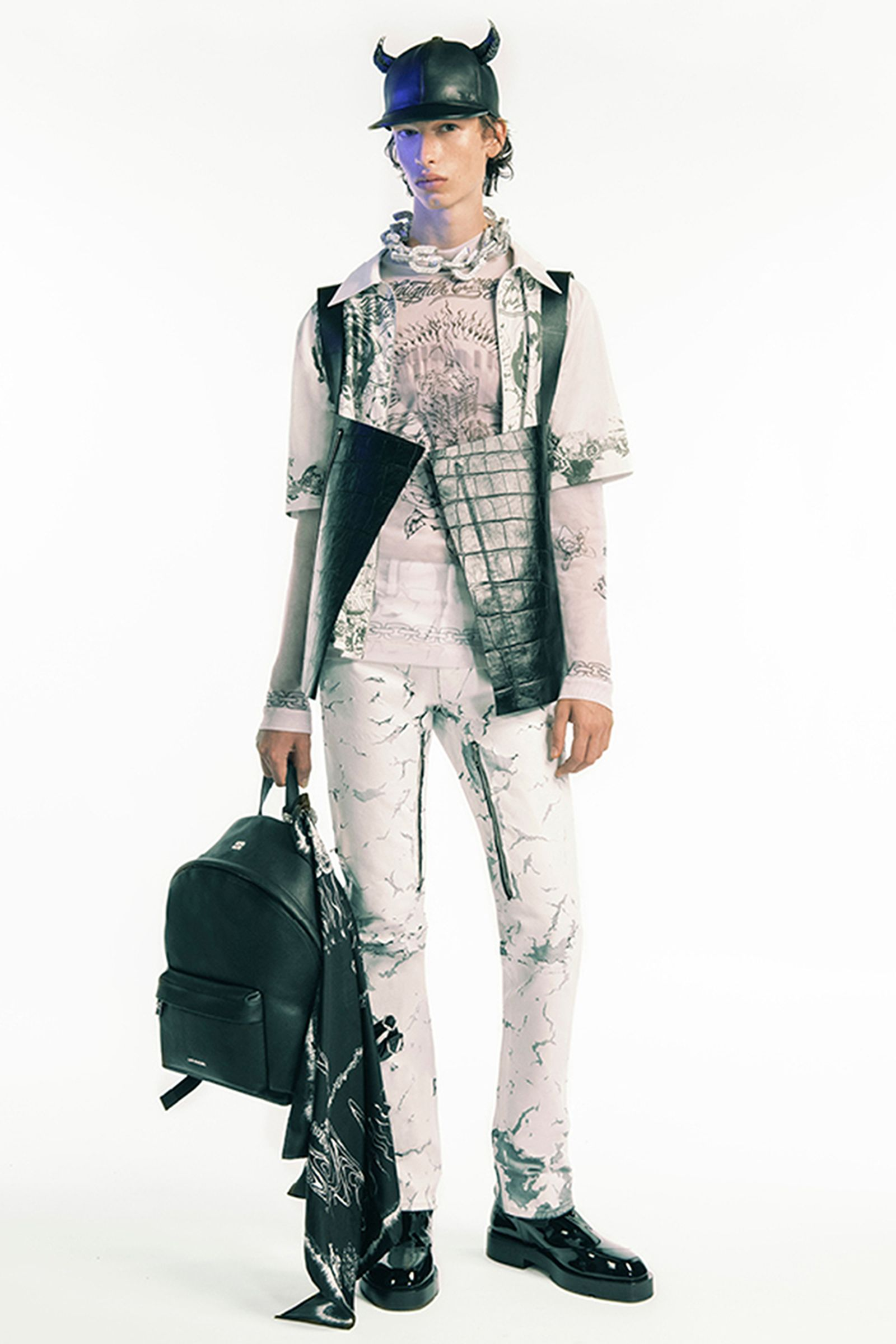 givenchy-spring-2021-22